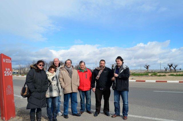 En la rotonda de Garrapinillos (Zaragoza)